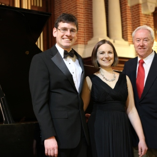 (L-R) Matthew Rickard (pianist), Joanna Tomlinson (soprano), Philip, The Friends Recital in the Great Hall, University of Reading - March 2015